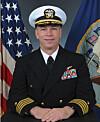 OFFISIELL VERSJON: Kaptein Owen Honors. Foto: US Navy/AP/Scanpix