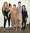 KARDASHIAN: Gjennom 13 sesonger av «Keeping Up With The Kardashians» har vi fulgt søstrene Kardashians gjennom oppturer, nedturer og intriger. Foto: NTB scanpix